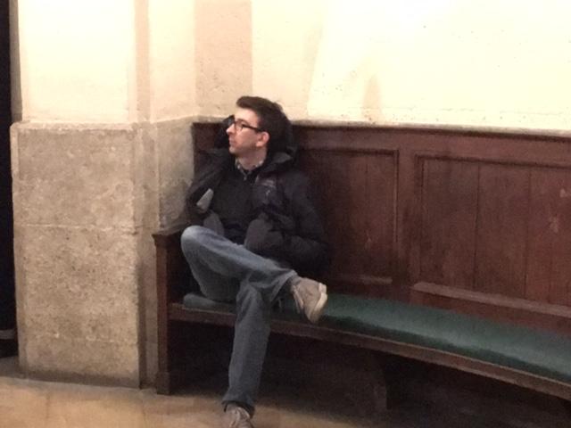 Alan Sleeping Paris